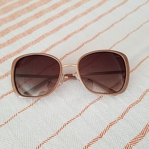 "Lucky Brand Women's Sunglasses ""Hollywood"""